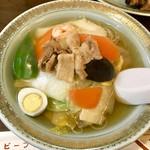 110359977 - 五目汁ビーフン 小盛                       各種お野菜や鶉卵など彩りも綺麗です(^^)
