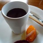 グールトン - 杏仁豆腐と柿
