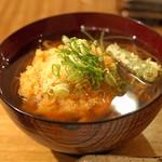東白庵かりべ - 天ぷらそば 薬味の葱をのせて