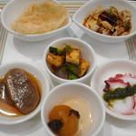 中国旬菜 茶馬燕 - 料理写真:6種前菜盛り合わせ