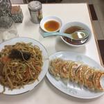 110386265 - 味噌焼きソバ+餃子