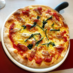サルヴァトーレ - ミックスピザ