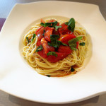 サルヴァトーレ - 冷製トマトのパスタ