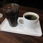 フェイバリットタイムコーヒー - プレミアムアイスコーヒー & プレミアムブレンドコーヒー 各380円