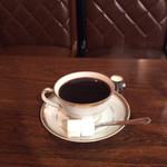 110394320 - たっぷりのコーヒー