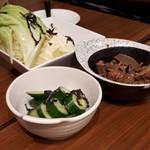 播州 炭右衛門 - 鶏レバーのたまり漬け・野菜