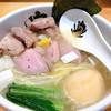 中華そば 満鶏軒 - 料理写真:特製鴨中華そば(塩) 鴨の出汁がウッマー!(・∀・)
