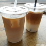 ブルードア コーヒー - カフェラテ(ICE)&ハニーカフェラテ(ICE)