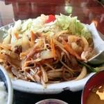 ふとっぱら - 料理写真:中華風肉野菜定食