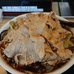 麺屋 団長 - 黒醤油肉野菜大盛肉10枚♪