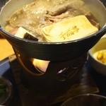 11043137 - すき焼き鍋¥1,800。この日は¥2,300になっていました。