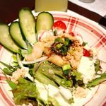 広島風お好み 鉄板焼き 友 - 海鮮サラダ