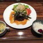 M STEAK HOUSE - Aランチの山菜オニオンソースハンバーグ1000円です