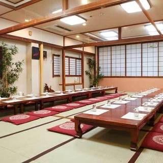 ゆったり個室は最大60名様、会議室は80名様迄利用可。