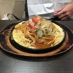 パスタ・デ・ココ - 料理写真:鉄板ミラカン