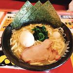 横浜家系ラーメン竜家 - 料理写真:ラーメン(塩)+味玉