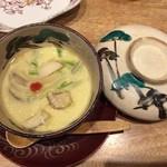 博多美食と日本酒 響喜 - 茶碗蒸しのお通し 嬉しいですね