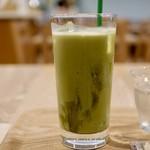 カフェ フィンセント - ドリンク写真:アイス抹茶ラテ