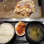 お好み焼き 狸狸亭 - イカ玉定食800円