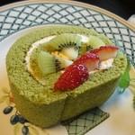 甘味処 満喜 - 抹茶ロールケーキ