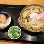 麺食彩 樹神亭 - 料理写真:トマト鍋焼きうどん