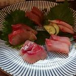 魚と日本のお酒 むく - お造り盛り合わせ
