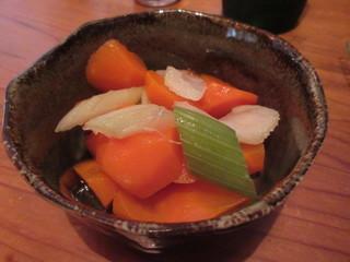 居酒屋あんちゃん - ニンジンとセロリのピクルス