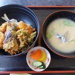 磯亭 - 料理写真:地魚天丼 980円