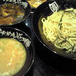 1105620 - 無双つけ麺660円