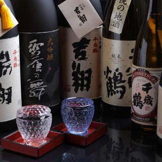 地酒<千歳鶴>20種類以上。直営店だけの限定酒も◎
