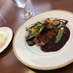 レストラン 洋食工房 - 料理写真:とても品のある綺麗なビジュアル