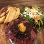 meat&wine BACCHUS - 国産牛ローストビーフ丼