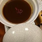 安田屋 - 味噌の出し汁