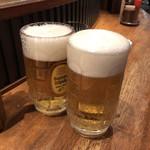 肉工房 千里屋 ホルモンバル - ハイトビールで乾杯♪