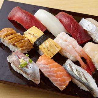 【日本橋すし鉄】の美味しさの秘密は、「しゃり」にあり