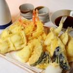 魚介天ぷら盛り合せ