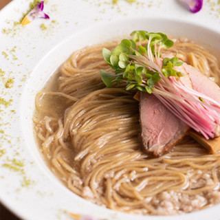 Gion Duck Noodles - 料理写真:鴨ラーメン