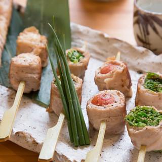 ブランド豚を使った野菜巻き串は、味よし見た目よし!