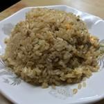 兆徳 - 兆徳(東京都文京区向丘)チャーハン(醤油味)650円