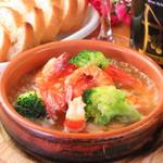Casual Kitchen Kakurego - 料理写真:エビのアヒージョ