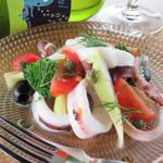 Casual Kitchen Kakurego - 料理写真:水イカとセロリのマリネ