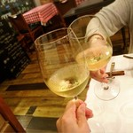 レストラン プティルッソ - (2019年6月)       白ワインで乾杯( ^ ^ )/□