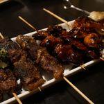 けむり - ハツ、イベリコ豚ハラミ串、牛タン、皮餃子、ホタテバター串