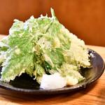 八丈島 - あしたばの天ぷら@680円