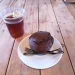 四国食べる商店 - びわとココアのマフィン&珈琲