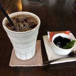 ユーア - 料理写真:アイスコーヒー(夏衣ブレンド)