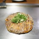 お好み焼・鉄板焼 88 パチパチ - ミックス焼き