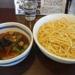 11060627 - 元祖つけ麺(700円)+中盛(100円)、500gの麺ですが、意外にぺろりと食べられました。