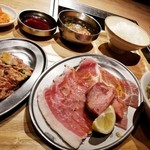熟成焼肉 肉源 - 贅沢焼肉ランチ