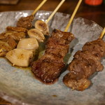 110616506 - 越後もち豚の串焼き:シロ・コブクロ・カシラ・特上ハラミ